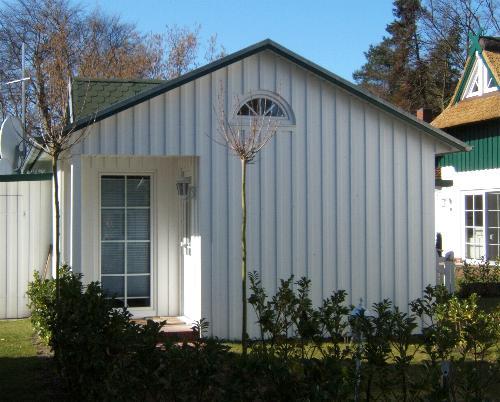 Ostseeheilbad Zingst: Saunahaus für Wohnungen DEICHIDYLL und SEELORD